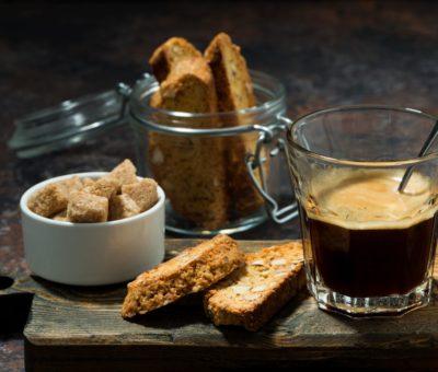 CAFFE' ESPRESSO vs MOKA